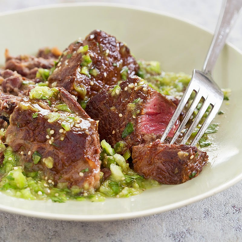 Steak Tips with Tomatillo Salsa Refried Black Beans Recipe