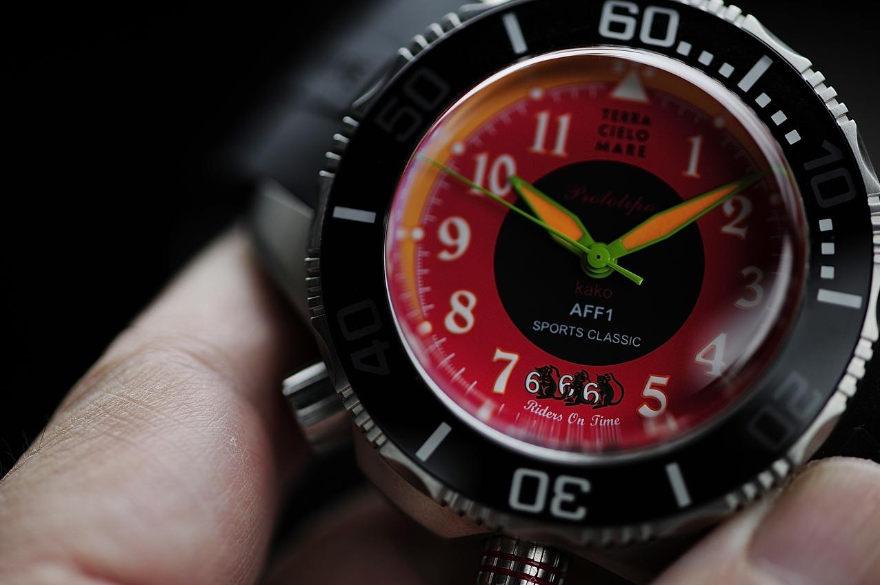 タフな機械式腕時計 ライダー専用デザインのTCM  AFF1