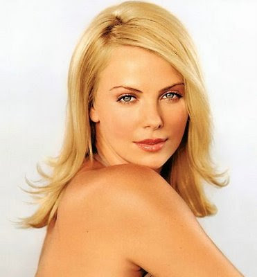 ceelebrities: Charlize Theron Smexy Wallpapers  Charlize Theron