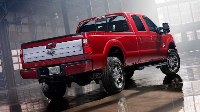 2013 Ford F-Series Super Duty back
