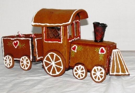 tåg, pepparkakståg, pepparkakshus, pepparkaka, Sösdala, Hässleholm, Jul, Christmas, gingerbread, gingerbreadhouse, kristyr, pyssla