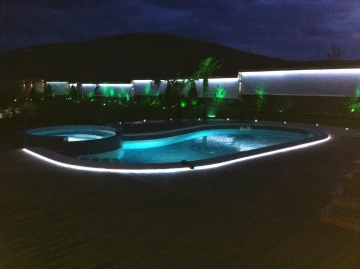 Басейн нощно осветление 3