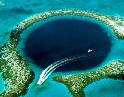 Lubang Biru (Blue Hole) - 10 Keajaiban Alam Yang Misterius