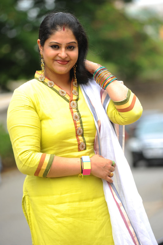Telugu Famous Actress Rasi Beautifull Chudidaar Photos |Beautiful ...