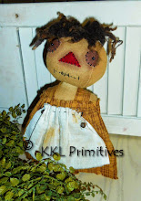 PRIM FOLKART STUMP DOLL