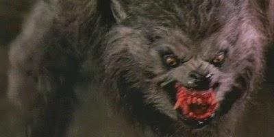 El hombre lobo totalmente transformado