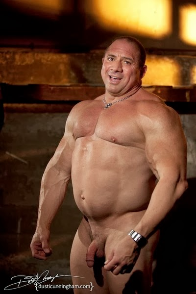 free mature gay male galleries