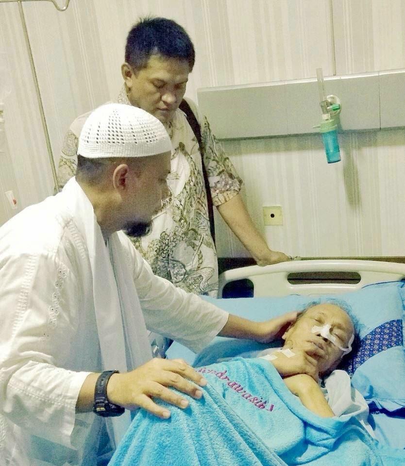 nasehat K. H. Muhammad Arifin Ilham untuk tessy