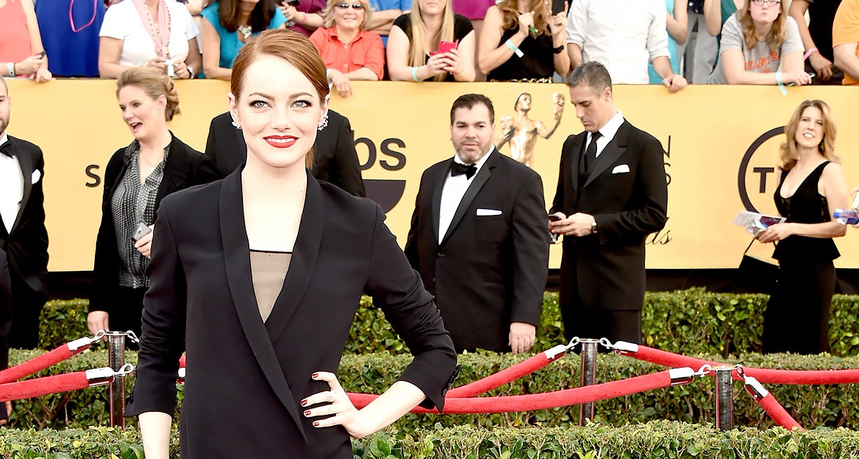 SAG Awards 2015, Best dressed, Trending, Red carpet divas, Fashion, Fashion divas, Style statement, Award shows, Red Carpet fashion, Emma Stone, Red alice rao, redalicerao, Fashion blog, Leading fashion blog, Pakistan