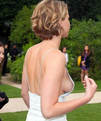 Jennifer Lawrence side boob oops
