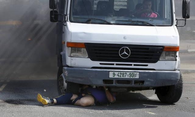 Palestino atropela e mata Israelense