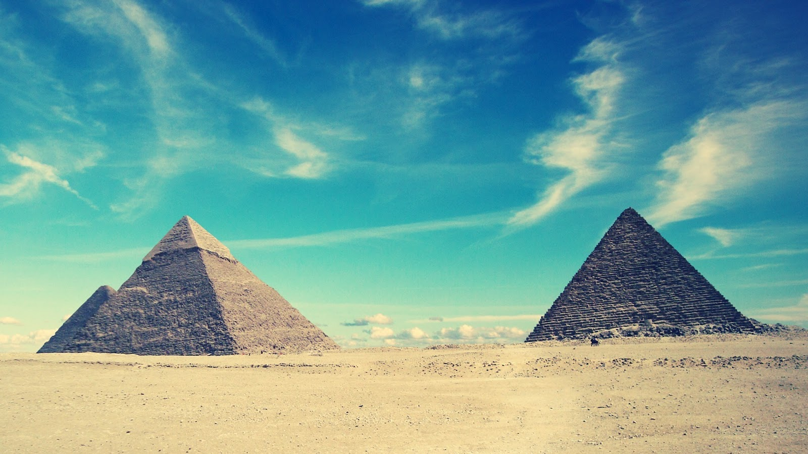 pyramid background-#11