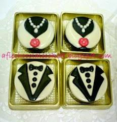 CHOC OREO COOKIES BRIDE & GROOM @RM 2.50 (MOQ 25PCK)