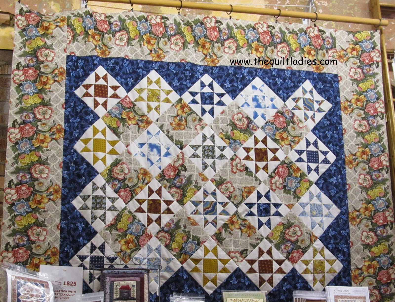 flower border and star pattern quilt