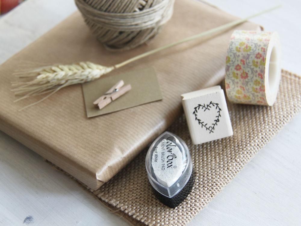 Little hannah arpillera washi tape papel kraft - Envolver libros de forma original ...