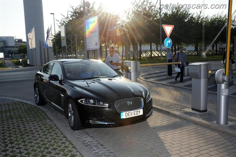 صور سيارة جاكوار XF 2012 - اجمل خلفيات صور عربية جاكوار XF 2012 - Jaguar XF Photos Jaguar-XF-2012-01.jpg
