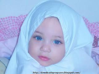 اجمل طفلة محجبة في العالم 2013