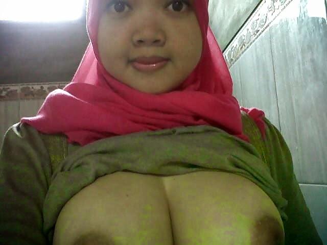Pinky Nice Buah melayu bogel.com