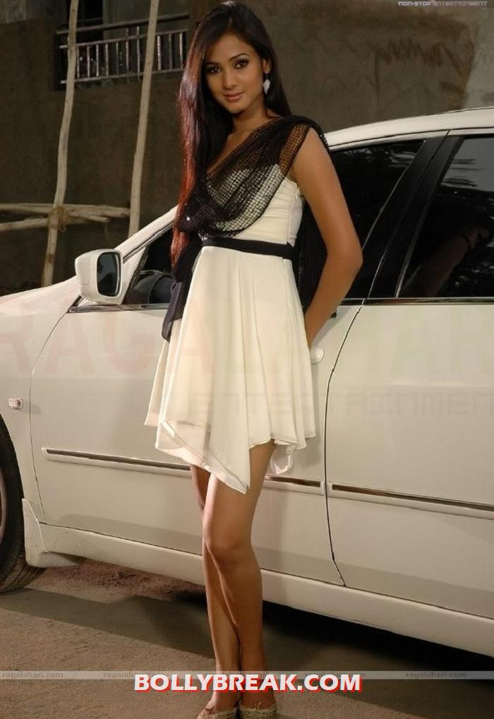 , Sonal Chauhan Hot Photo Shoot