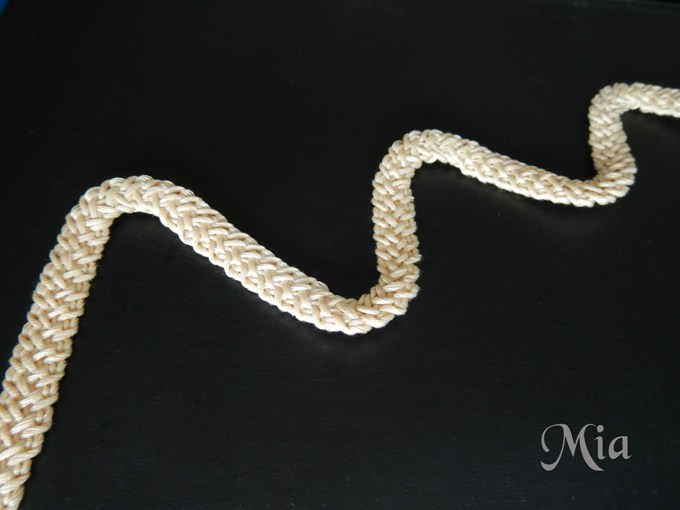 crochet beauty cord photo tutorial