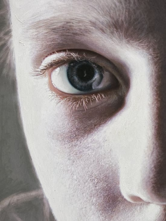 Gottfried Helnwein paintings hyper-realistic little girls injured innocence violence Murmur of the innocents - painting and detail