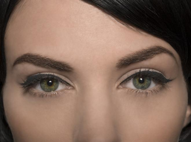 AllBeautyBrands: The Best Eyeliner Styles for Droopy Eyes