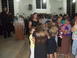 Mato grosso do Sul,uma Família inteira aceitando a Cristo,