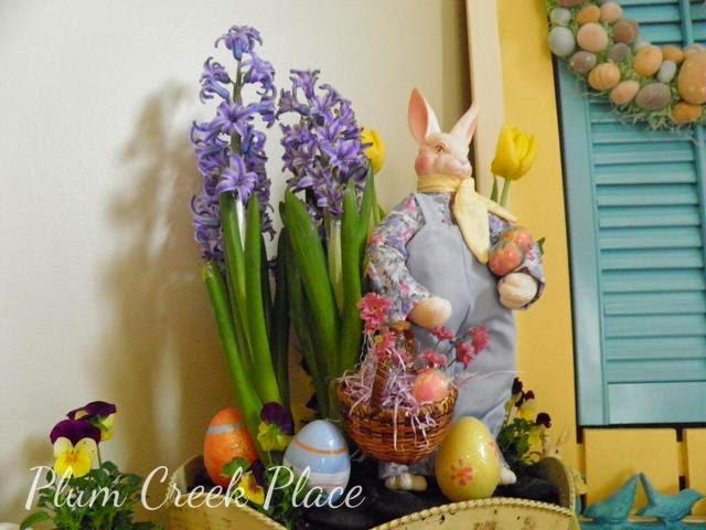 Easter Mantle, aqua, yellow