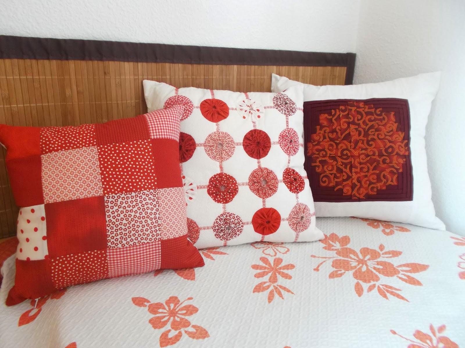 Jana patchwork y punto de cruz coj nes de patchwork - Cojines de patchwork ...