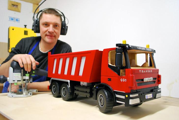14 marzo 2012 La collezione aumenta!!!Camion  Fiat Iveco Eurotrakker 3 assi