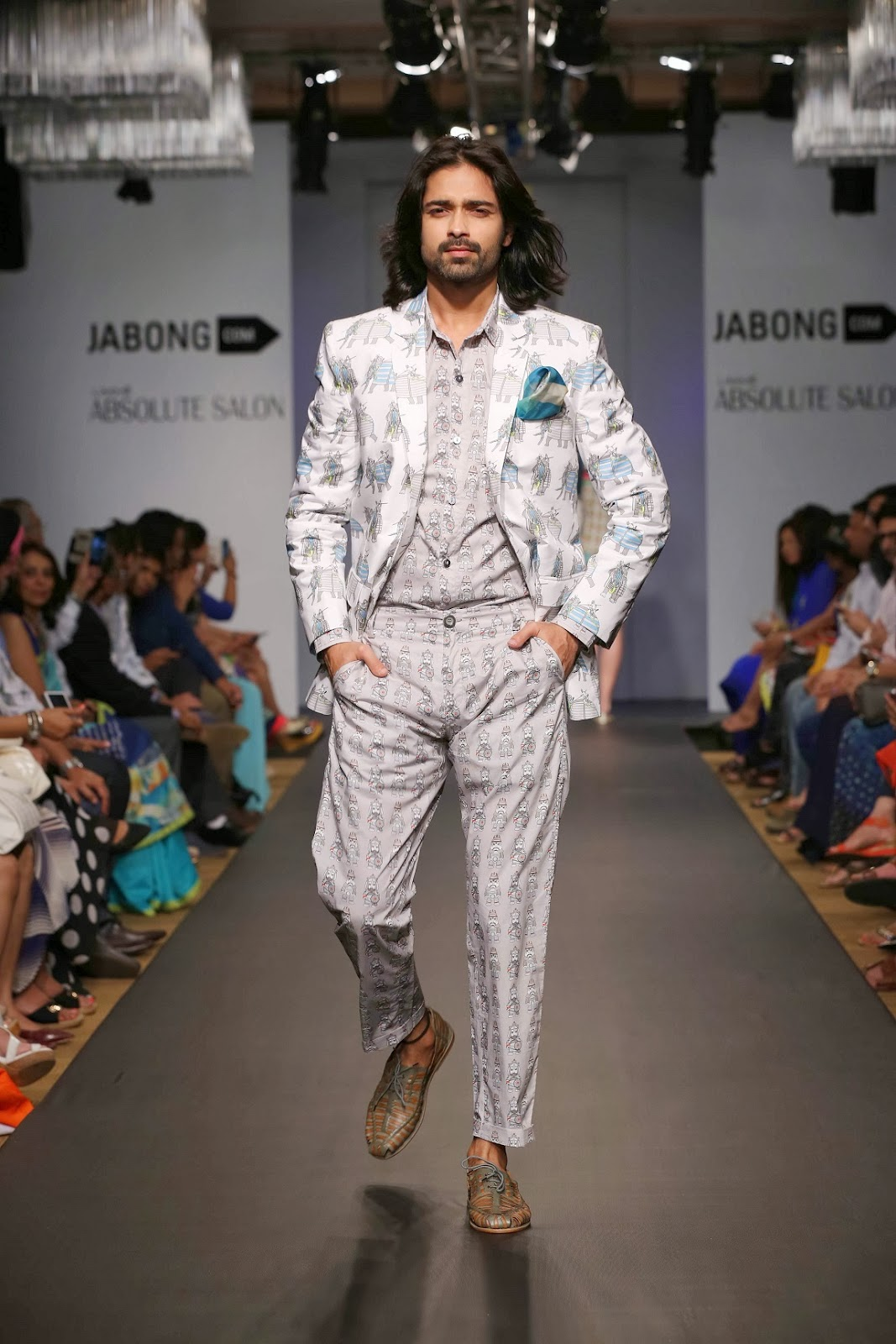 Designer duo Rixi Bhatia and Jayesh Sachdev showcased a flashy-trendy collection under their label 'QUIRKBOX'. For the modern man who isn't afraid to stand out and try the eccentric, this range offered shorts, trousers, vests, jackets and shirts which were perfect for any occasion