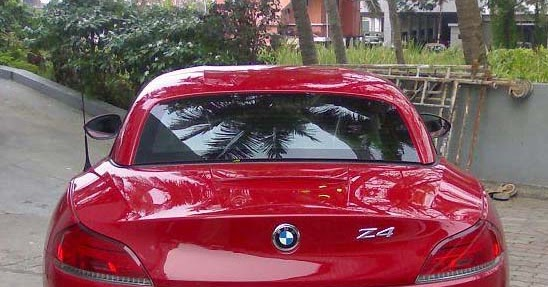 Who Owns Audi >> Prithviraj's BMW Z4 - And A Picture of Mammootty Trying Out His New Ride ~ Celebrity Cars - India
