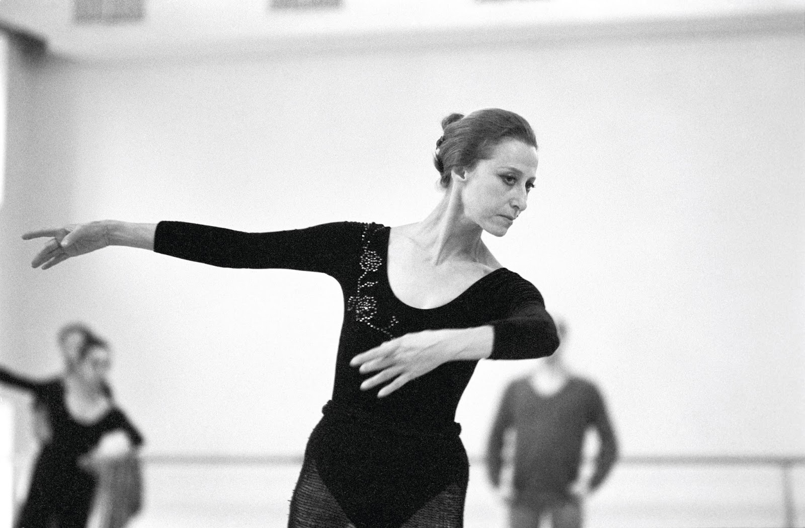 Maya Plisetskaya Black Swan | www.pixshark.com - Images ...