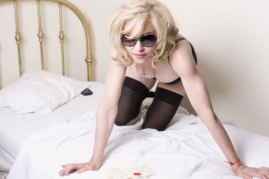 Top 25 Sexiest women Singers Alive 2012 Madonna