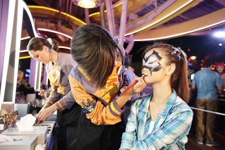 [Hong Kong Disneyland] Disney's Haunted Halloween 2011 %25E8%25BF%25AA%25E5%25A3%25AB%25E5%25B0%25BC%25E9%25BB%2591%25E8%2589%25B2%25E4%25B8%2596%25E7%2595%258C+2011++%25E3%2580%258C%25E6%2595%25B4%25E9%25AC%25BC%25E5%258C%2596%25E7%25B2%25A7%25E9%2596%2593%25E3%2580%258D%25E5%25A4%25A7%25E8%25AE%258A%25E8%25BA%25AB