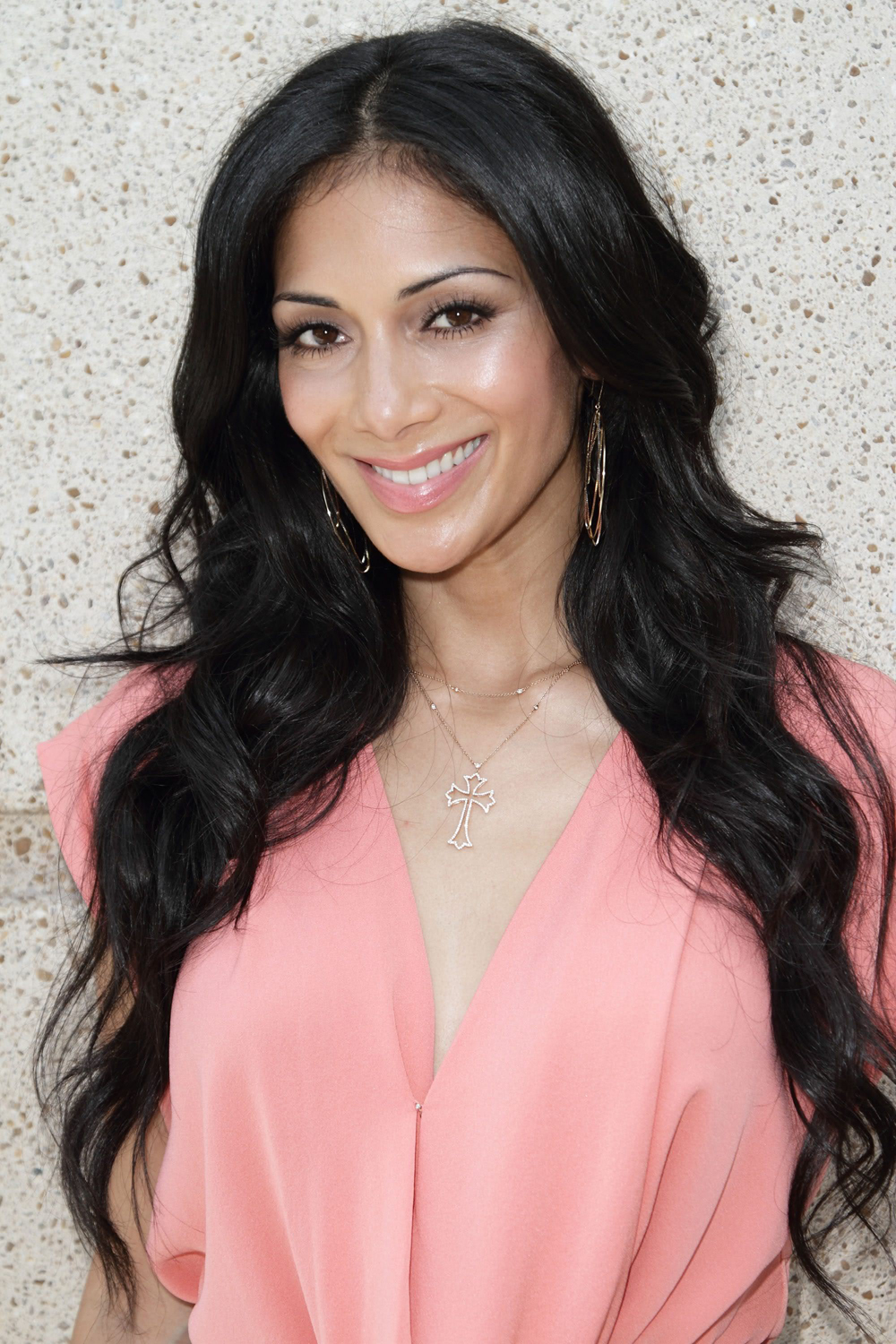 Nicole Scherzinger Long Curly Hairstyles 02
