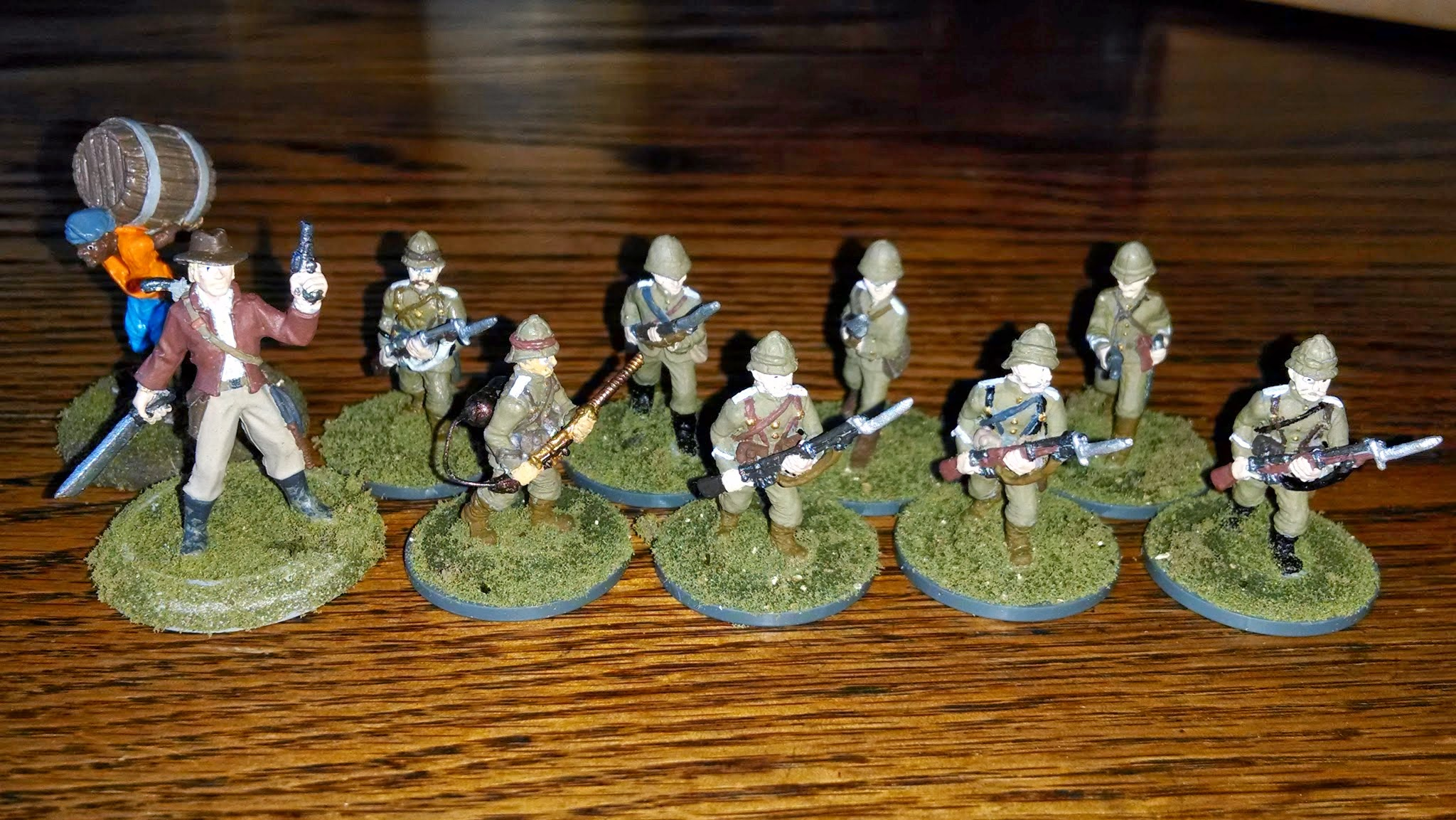 British adventurers from the Queen's Rifles in Miniature