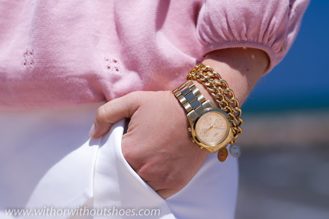 Reloj de Guess Watches y pulseras de Aristocrazy