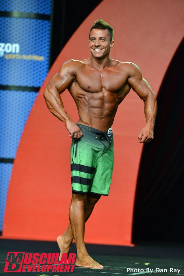 O atleta carioca competiu na categoria Men's Physique ao lado de 33 atletas profissionais. Foto: Dan Ray