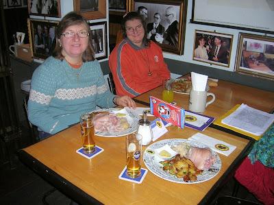 Restaurante Satndige Vertretung, Berlin, Alemania, round the world, La vuelta al mundo de Asun y Ricardo, mundoporlibre.com