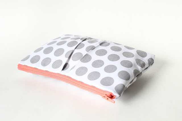 allisa jacobs grey and coral clutch