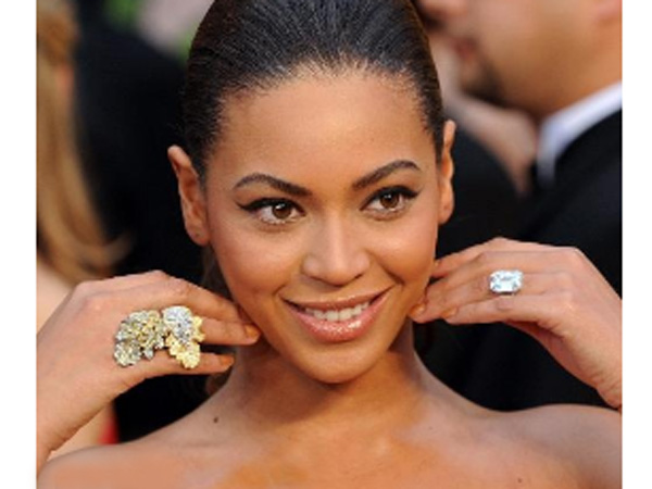 BEAUTY FACE BEAUTY 7 Engagement Ring Ultimate World Celebrities