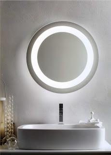 http://shop.outletarreda.com/bagno-lavanderia/specchi-da-bagno/specchio-design-tondo-cm-60-con-lampada-fluorescente-e-antiappannamento-art-194.html