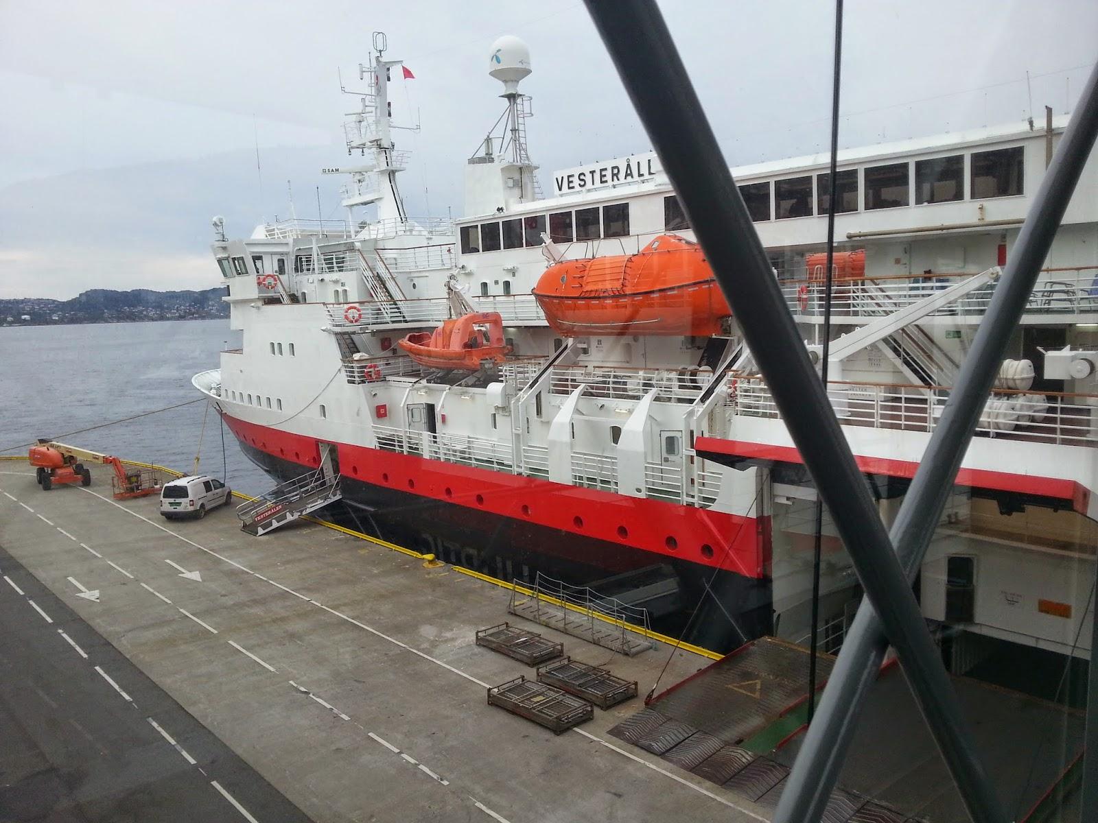 Hurtigruten MS Vesterålen in Bergen, Norway