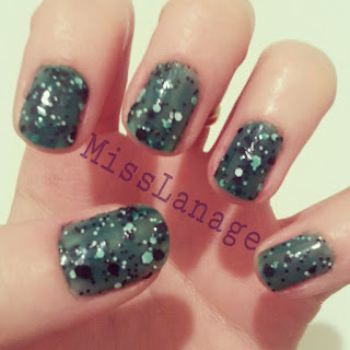 maybelline-colourshow-polkadots-forest-canopy