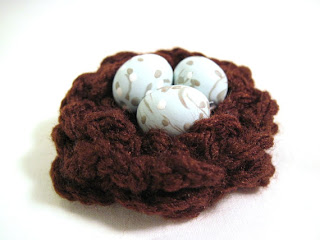 Designing Impression's Crocheted Bird's Next Brooch