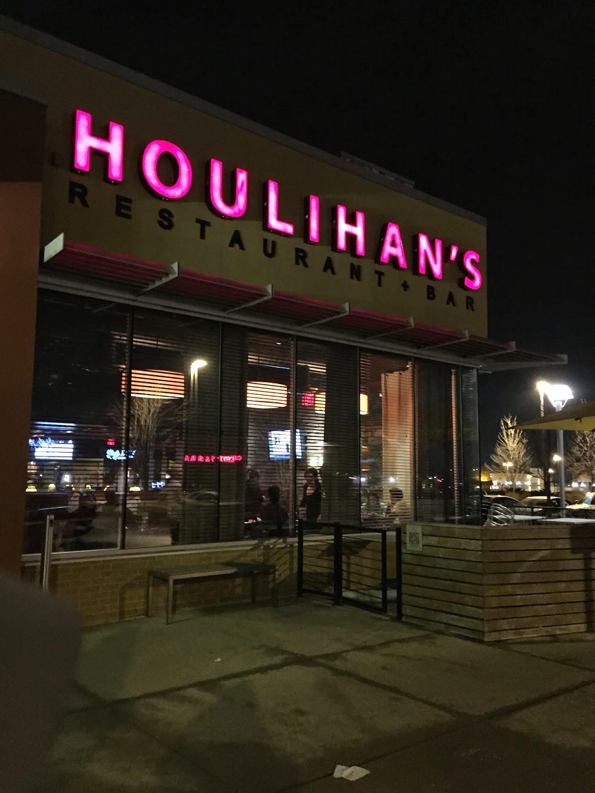 Rhetoric Rock Stars: Houlihans Restaurant and Bar