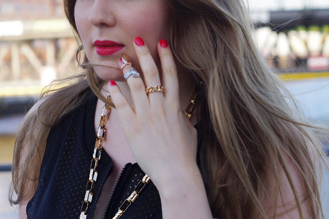back, black, red lips, ray ban, white heels, trend, summer 2013, blogger, streetstyle, lookbook, outfit, anna dello russo necklace, anna, adr, anna dello russo x H&M, dog, upper finger ring, eagle