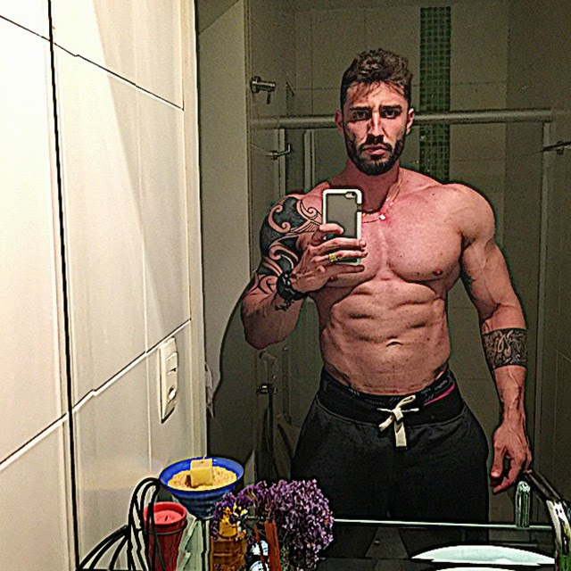 Rafael Mazzali aos 107 kg após se recuperar de dengue. Foto: Arquivo pessoal