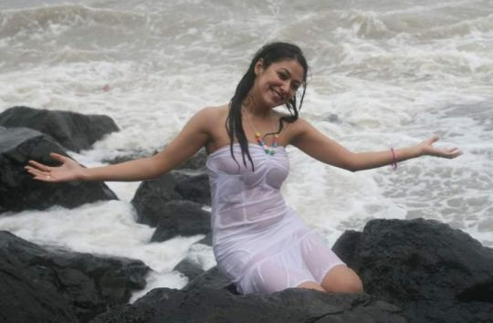 anjali pandey in transparent dress photo gallery